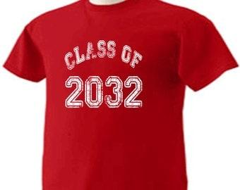 Class Of 2032 T-Shirt Graduation Gift