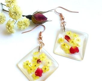 Real Flower Earrings - Resin Earrings - Floral Earrings - Botanical Earrings - Eco Resin Earrings - Nature Earrings - Love Gift Under
