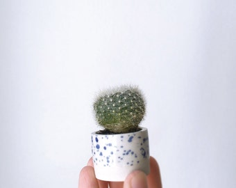 MINI speckled stoneware VASE // MINIATURE Vase