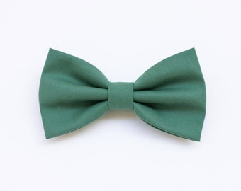 bow tie sage green for men, bow tie for groom and groomsmen gift,witnesses,wedding green,wedding pastel theme spring summer wedding 2017