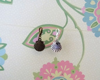 Seashell Clip On Bracelet Charm/Purse Charm/Zipper Pull Charm/Planner Charm in Bronze or Silver - Ready to Ship