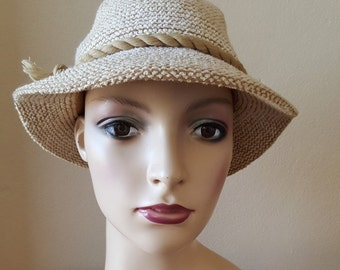 FINAL CLEARANCE Vintage 1970s Cream Hat with Tassel by Kangol England