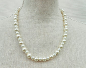 Ivory and white pearl necklace, Wedding necklace, Bridesmaid gift, Bridesmaid necklace, Birthday gift,Teacher gift, Mother day