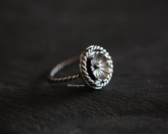 Size 8, Sterling Silver Flower Ring, Southwestern Ring, Textured Ring, Minimalist Ring, Rope Ring, Oxidized Ring, Ready To Ship!