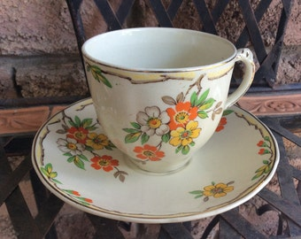 Enoch Wedgwood & Co. Ltd. England (Tunstall) teacup from 1956-1965 England