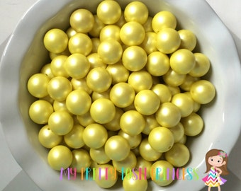 20mm  Yellow  Matte Finish Faux Chunky Beads Pearls (A02) *NEW