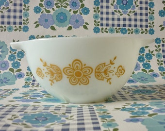 Butterfly Gold Pyrex Cinderella Bowl #441