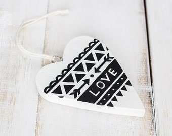Painted wood heart, Black and white rustic wedding decorations idea, Hanging heart and arrow decor ornament, Unique small love gift
