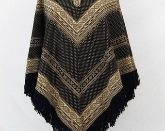 Vintage Chevron Patterned Poncho - Black and Khaki
