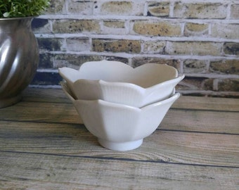 Lotus Bowls, Set of 2 White Bowls