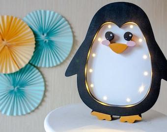 Penguin lamp Night light Kids lamp Baby room Baby shower Lamp Penguin LED wooden Battery Operated Light Penguin wall decor Penguin nursery