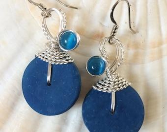 Wire Wrap Earrings, Wire Wrap Jewelry, Wirewrapped Earrings, Blue Wire Wrap, Coconut Earrings, Blue Dangle Earrings, Funky Jewelry