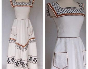Vintage 1970's Joseph Magnin White Maxi Milk Maid Boho Hippie Flower Child Sailor Collar Dress Pockets Size VTG 40 Modern 2 Made in France