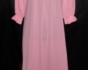 Vintage Vivid Pink Penneys Gaymode Cover / Robe / Peignoir L