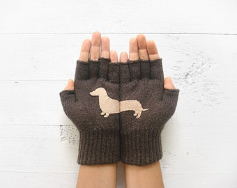 CHRISTMAS GIFT, EXPRESS Shipping, Doxie, Sausage Dogs, Dachshund Gloves, Wiener, Xmas Gift Idea, Gift For Her, Dog Lovers, Unique Gift Idea