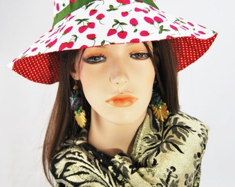 Girl's Strawberry Sun hat with Green Ribbon