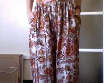High waisted Floral Cream Trousers