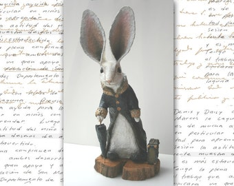 Travelling rabbit, sculpture and modeling in paper chews