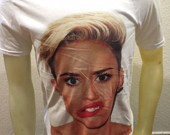 Miley Cyrus T-shirt in White S,M,L,XL