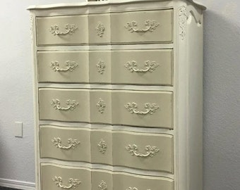 Beautiful Vintage French Provincial Chalk Painted Dresser