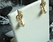 Trinity Knot Ear-rings with White Pearls //  Gold Knotting Design // White Swarovski Crystal Pearls (One Pair)