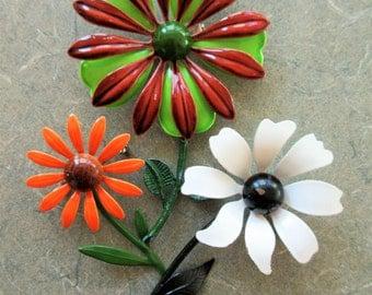 Vintage Flower Pins, Enamel Pins, 1970s Pins, Daisies, 1970s Flower Pins, Mod Costume Jewelry, Seventies Flowers, Enamel Flower Brooches