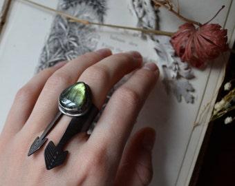 Dual Vane Labradorite Silver Statement Ring