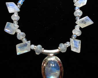 Moonstone Necklace AAA Quality Blue Flash Rare Geometric Faceted Rainbow Moonstone Gemstones with Moonstone Cabochon Pendant with Sterling