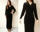 1940's Vintage Black Velvet Slinky Maxi Dress Size XS