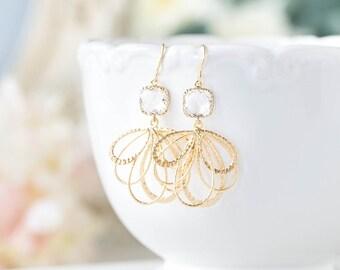 Clear Crystal Earrings, Bridal Earrings, Gold filigree Dangle Earrings, Wedding Earrings, Bridesmaid Earrings, Chandelier Earrings
