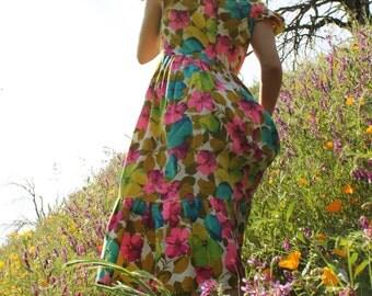 BLOSSOM 1960's Vintage Dress Kitsch Neon Color Scheme Floral Print Flutter Sleeves