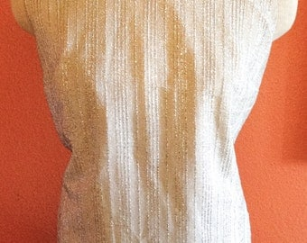SALE > Vintage 60s Sleeveless Blouse White and Metallic Silver / Size L