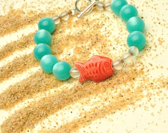 Colorful Lightweight Aqua Bracelet with Handpainted Peruvian Coral Fish and Bubbles