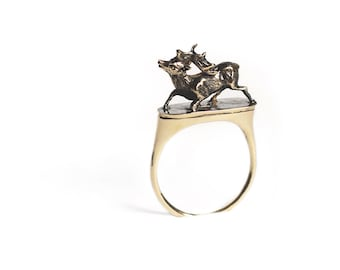 Rising Hart Ring in 14k Gold - Delicate Victorian Stag Jewelry