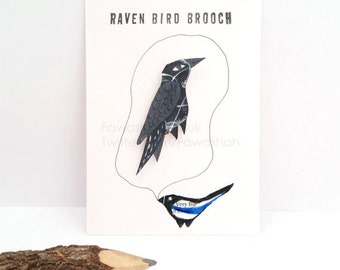 Raven Bird, Crow Brooch, Handpainted, Badge, Pin, Jewellery, Jewelry, Black, grey, garden bird, uk