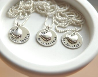 Personalized Teacher Necklace - Apple Charm - Teacher Appreciation Necklace - School Teacher Gift - Graduation necklace - Charm Necklace