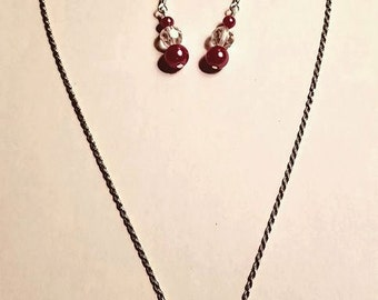 Rose glass pearls and crystal pendant and earrings