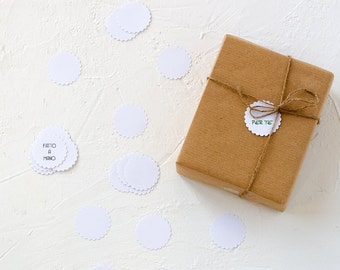 30 or 50  White  Paper Circle Scalloped Stickers and Text-Tag-Gift Enclosure-Wrapping Idea-Scrapbooking-Office-Decoratione-Ornament-Envelope
