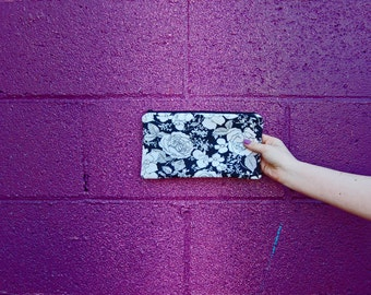 Black and White Zipper Pouch, Floral Zipper Purse, Womens Clutch Purse, Vintage Fabric Zipper Bag, Small Floral Purse, greenbugmarketplace