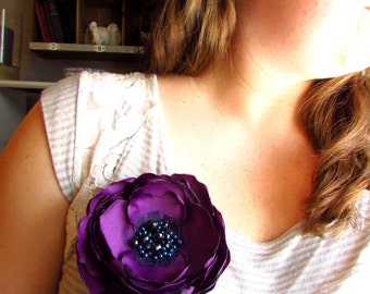 "Floral Brooches, Purple Silk Flower Pin, 4"" Large Flower Brooch Woman, Navy Blue and Plum, Beaded Broach, Fabric Flower Pins for Dress"