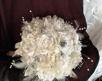 Wedding Flowers-Bridal Flowers-Brides Flowers-White Wedding Flowers-Wedding Flower Bouquet-Fabric-Brooch Bouquet-Boho Wedding-Romantic