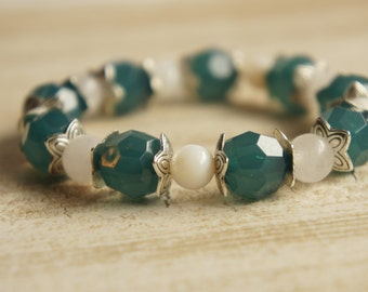 Teal and Pearl Silver beaded bracelet