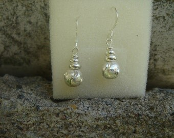 Sterling Silver, beautiful earrings with ornament ball