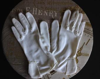 Dainty Vintage Gloves.
