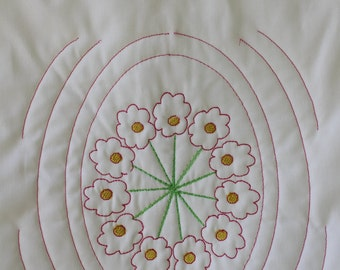 Oval flower quilt block, Machine embroidery