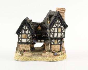 Tudor Manor House - David Winter