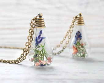 Nature necklace with lavender, nature jewelry, woodland necklace, nature pendant, botanical necklace, natural necklace, flower necklace
