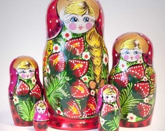 Nesting dolls berries, strawberry, golden hair, green grass, red dress - kod67k