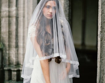 Organza ribbon veil with blusher, organza drop veil, fingertip wedding veil, circle wedding veil, bridal veil, Style V31