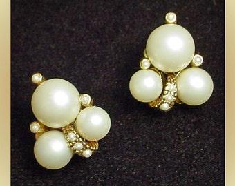 Pearl Cluster Vintage Clip On Earrings